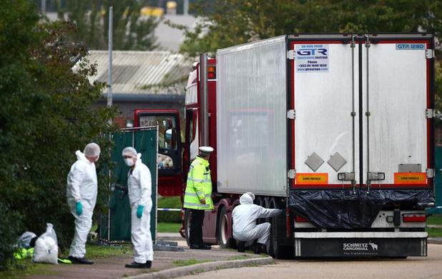 Twee verdachten onder voorwaarden vrij in zaak waarbij 39 transmigranten stierven in koelwagen