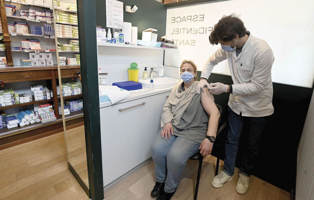 La vaccination Covid proposée dans des pharmacies bruxelloises