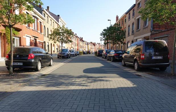Dan toch betalend parkeren in de Elfde-Julilaan en een deel van de Brugsesteenweg in Kortrijk