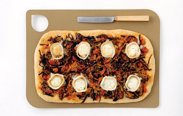 Comment préparer une pizza avec des épluchures?