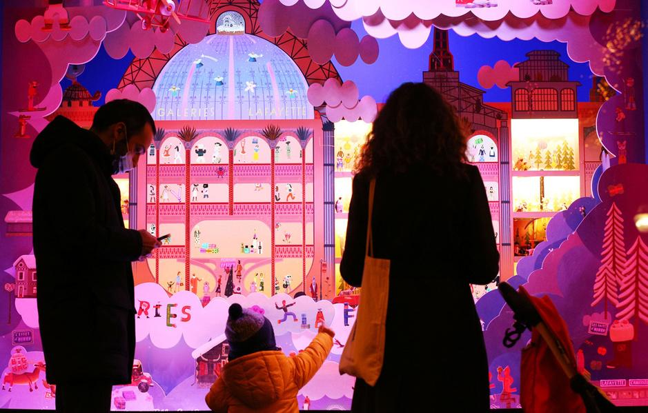 En images: Les traditonnelles vitrines de Noël, entre covid et tradition