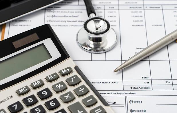 Eén Belg op twee denkt dat hij ziekenhuis niet zal kunnen betalen