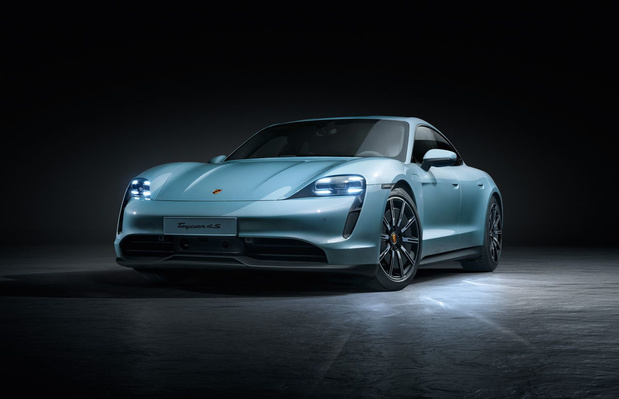 Porsche lance la Taycan 4S