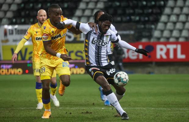 Charleroi en STVV komen niet verder dan een doelpuntenloos gelijkspel