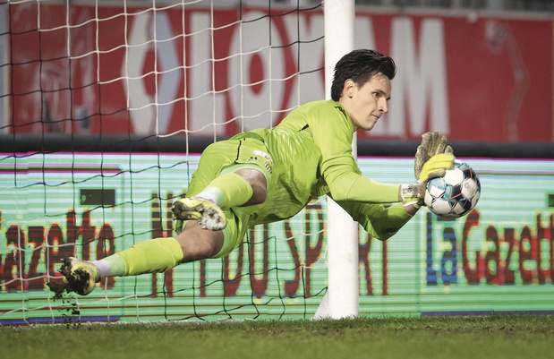 Rémy Descamps est déjà redevenu le numéro 2 à Charleroi: analyse d'un échec