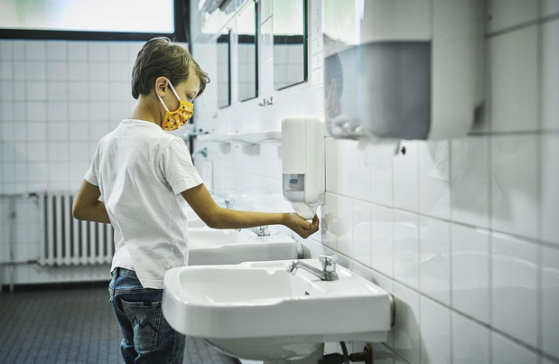 """Sanitaires scolaires : des """" besoins urgents """" non subsidiés"""