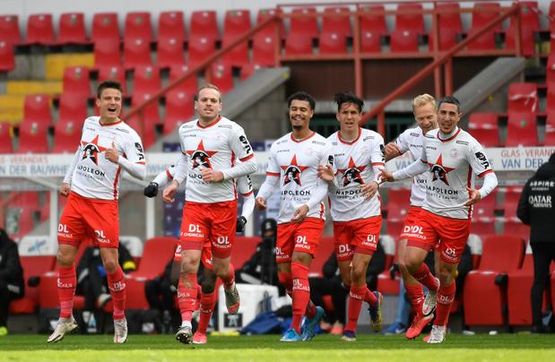 Zulte Waregem wint 2-1 van Eupen