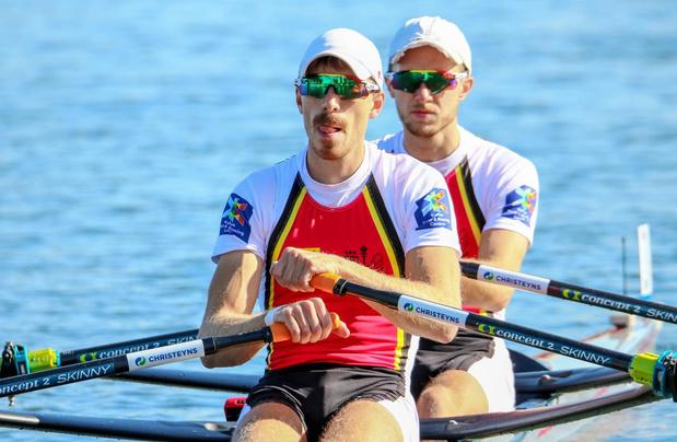 Niels Van Zandweghe roeit met Tim Brys naar brons op het EK