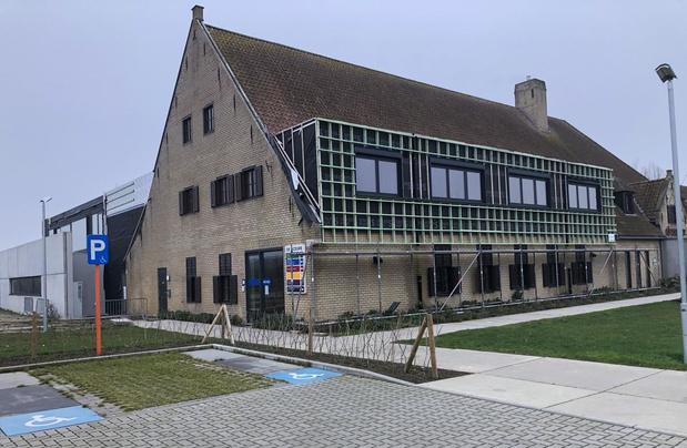 Bibliotheek en archief Oostvleteren verhuizen naar De Sceure