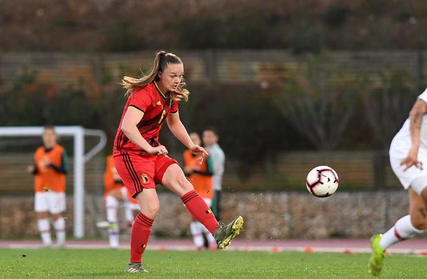 UEFA stelt EK vrouwenvoetbal uit tot 2022
