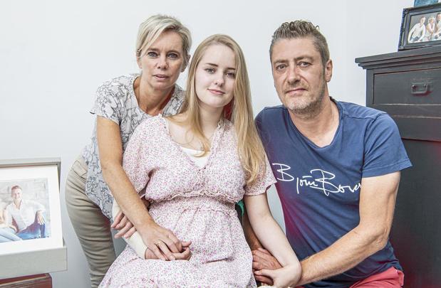 Oproep loont: tsunami aan acties voor Fiene (16) om prothese te bekostigen