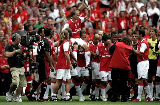 Flashback naar 22 juli 2006: non-flying Dutchman Dennis Bergkamp neemt afscheid