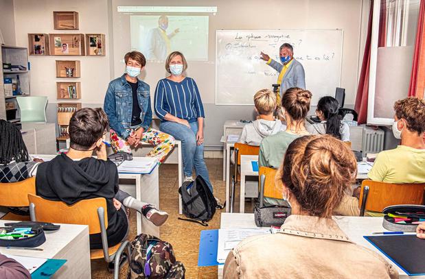 Les volgen in quarantaine: Roeselaarse school volledig uitgerust met webcams