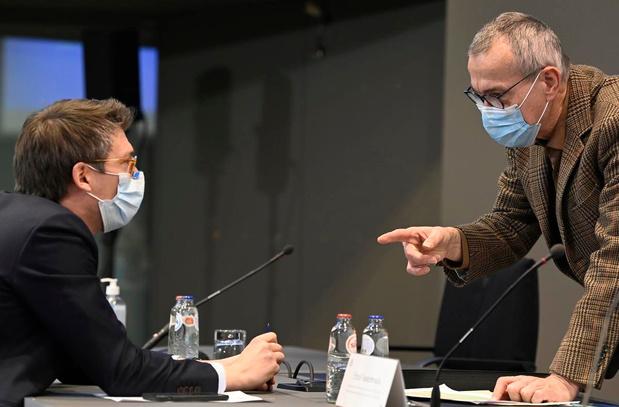 Calendrier de vaccinations par groupes d'âge : Vandenbroucke répond à l'Absym
