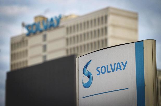 Solvay accélère sa restructuration