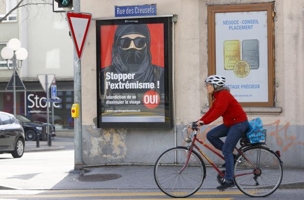 Zwitsers mogen stemmen voor of tegen boerkaverbod
