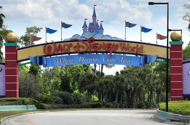 Disney diep in het rood door gesloten pretparken en uitstel films
