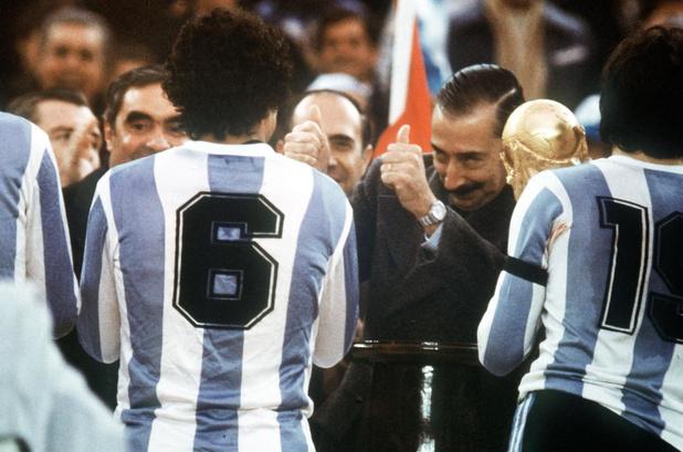 Flashback naar 1 juni 1978: in Buenos Aires start een WK dat de dictatuur moet dienen