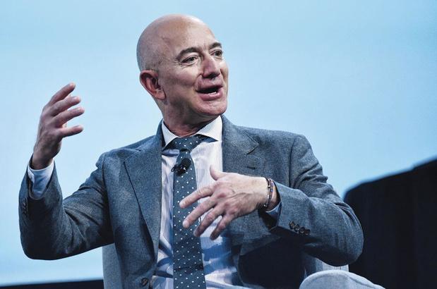 Bezos se tourne vers la justice parce que Musk est autorisé à construire un alunisseur