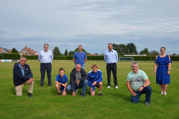 Eerste ploeg van Eendracht Kuurne speelt volgend siezoen zijn laatste wedstrijden op natuurgras