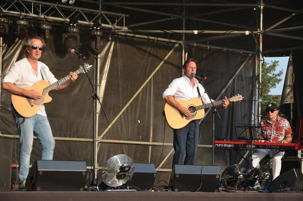 """Peter Van Laet in Beernem : """"Een zonnebril dragen op het podium is onbeleefd"""""""