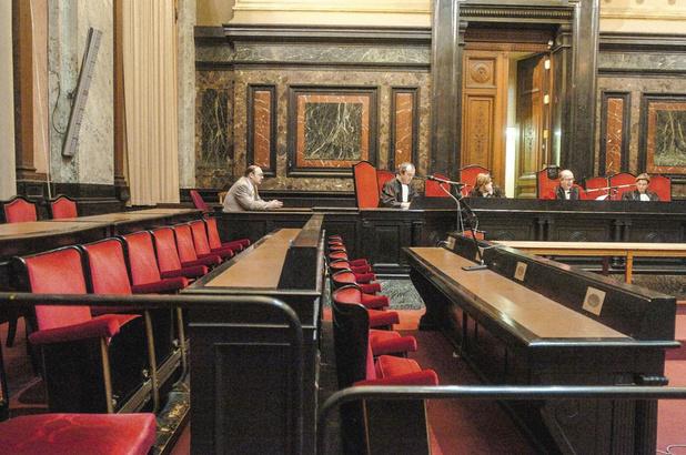 """""""Supprimer le jury populaire, c'est condamner à terme l'Etat de droit"""" (Zone + Le Vif)"""