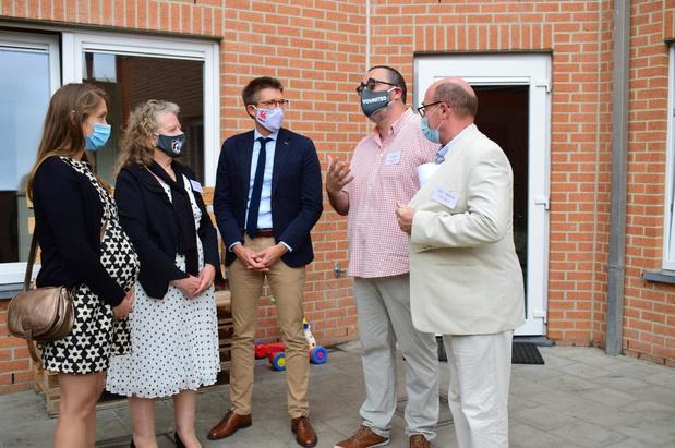 Waals minister Dermagne brengt bezoek aan opvangcentrum La Source in Komen-Waasten