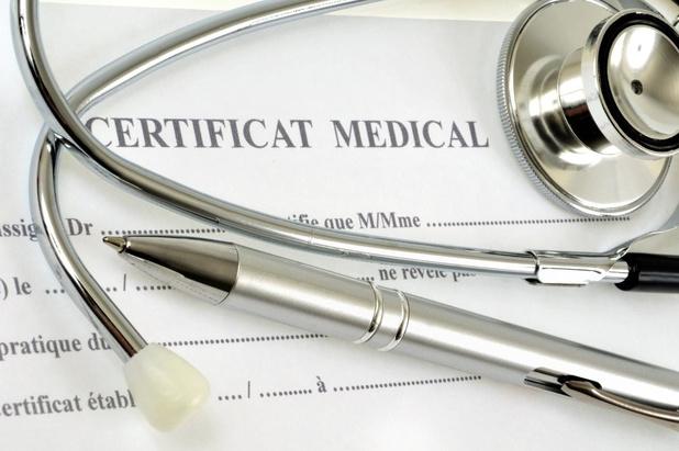 Le certificat pour absence courte généralement rédigé par les médecins généralistes pourrait disparaître
