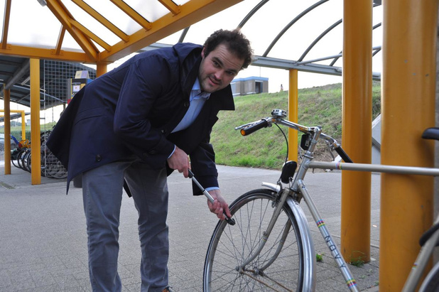 Oppositiepartij N-VA/Open Vld pleit voor publieke fietspompen en herstelpunten in Waregem