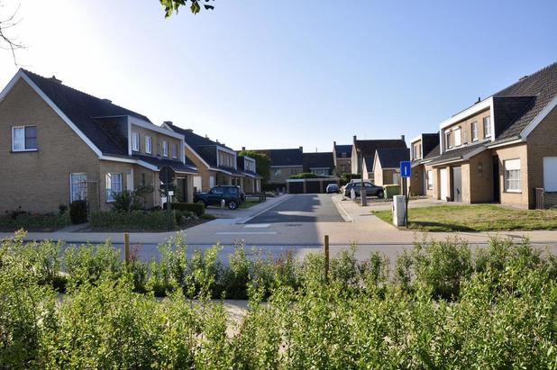 De Mandel sloopt en bouwt 12 nieuwe sociale woningen in Oostvleteren