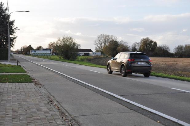 Volwaardige fietspaden voor Desselgemseweg en Waregemstraat