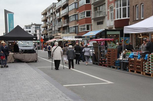 Koksijdse vrijdagmarkt verhuist naar Van Buggenhoutlaan