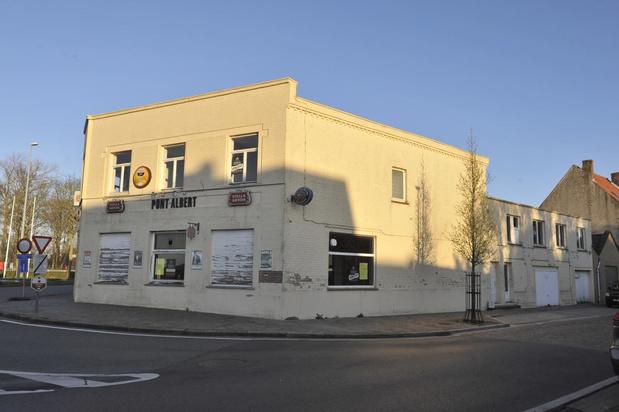 Café Au Pont Albert in Nieuwpoort gaat tegen de vlakte