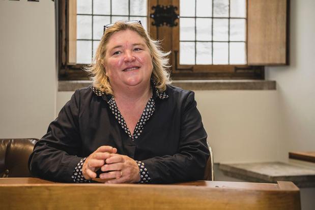 Nog verschuivingen in politiek Kortrijk: Helga Kints is nieuwe gemeenteraadsvoorzitter