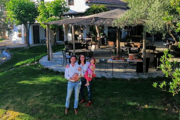 Rosan en Christoph openen maand later dan voorzien hun hotel in Spanje door corona