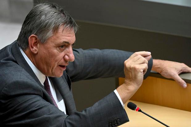 """""""Jambon had geen mandaat voor overlegcomité wegens geen eensgezindheid Vlaamse regering"""""""