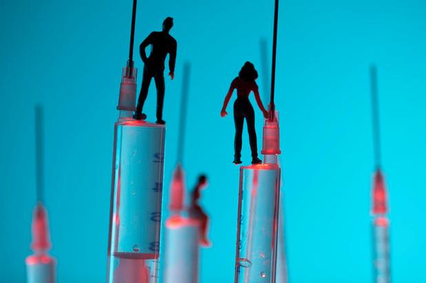 Peut-on accélérer le calendrier de vaccinations covid-19 ? Pas si facile