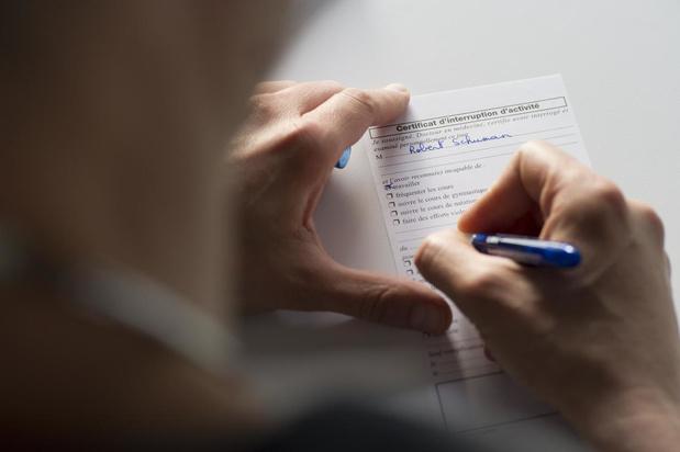 Voka West-Vlaanderen roept op tot crisisaanpak ziektebriefjes en gewaarborgd loon