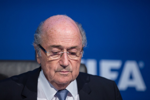 Wereldvoetbalbond vraagt Zwitsers gerecht om onderzoek naar Blatter te heropenen
