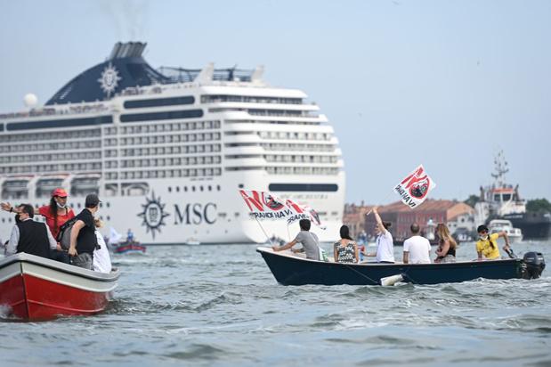 Cruiseschepen meren weer aan in Venetië ondanks een in april ingesteld verbod