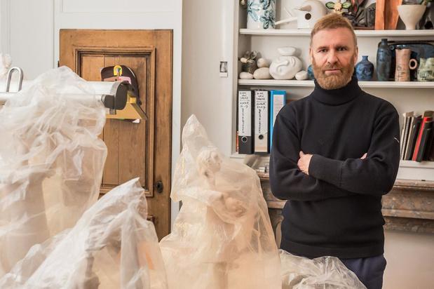 Ontwerper Dirk Van Saene exposeert keramische sculpturen: 'Ik ben niet bang om op mijn bek te gaan'