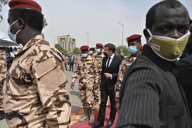 """Vincent Hugeux: """"La Françafrique existe encore"""""""