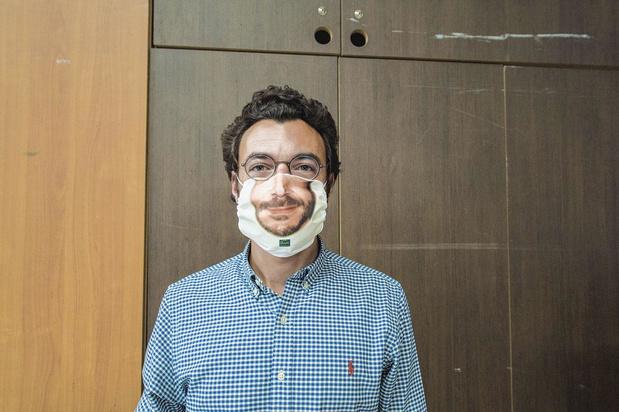 Smiling Mask: souriez, vous êtes masqué !