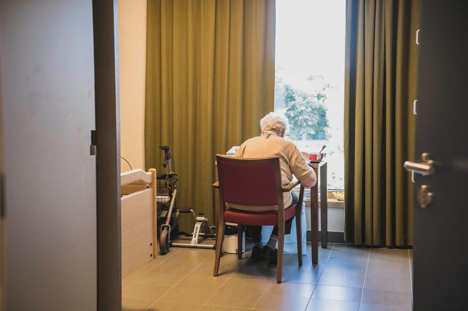 Coronabesmettingen in woonzorgcentra blijven oplopen, ook 8 overlijdens te betreuren