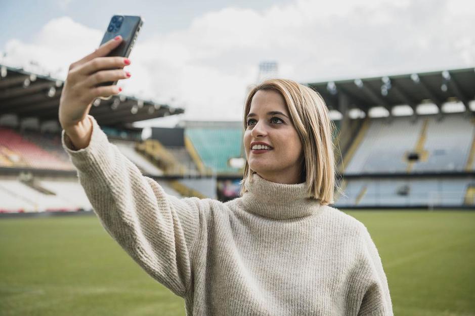 """Justine is hét gezicht van Club Brugge: """"Ik heb één regel: in de kleedkamer kom ik niet"""""""