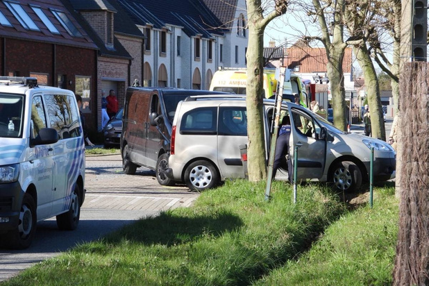 Zwaar ongeval in Dorpsstraat in Oudenburg