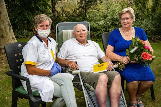 """Rika al acht jaar toegewijde mantelzorger van haar Jan: """"Natuurlijk zorg ik voor mijn man"""""""