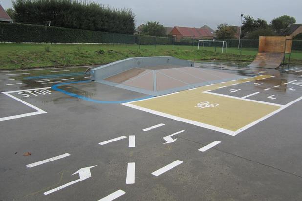 Fietsparcours op skatepark