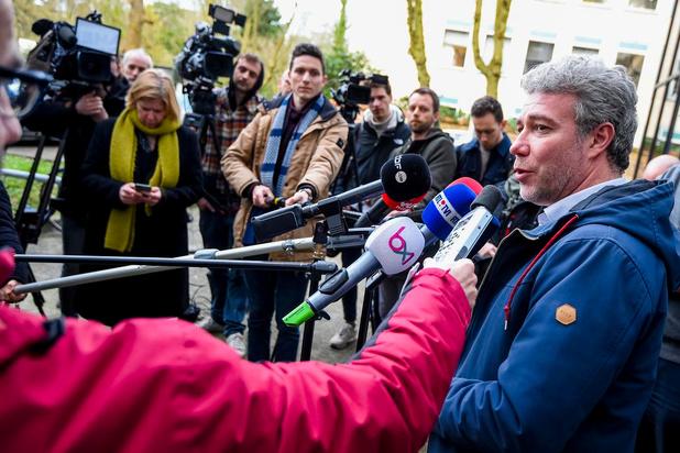 Contrairement à la Flandre, Wallonie et Bruxelles poursuivent les tests préventifs dans les MRS