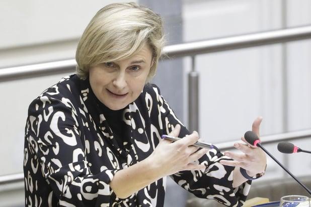 Hilde Crevits (CD&V): 'Tegen 2025 zijn jaarlijks 6500 extra leerkrachten nodig'